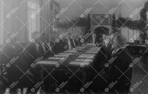 Turun Suomalaisen Yliopistoseuran Hoitokunnan juhlaistunto  Phoenixin juhlasalissa 12.5.1927. Kyseis
