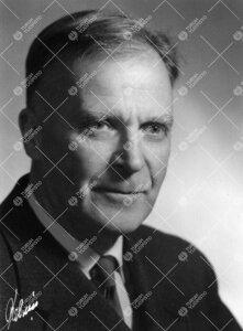 Henning Mauritz Karström. Biokemian dosentti 11.5.1950 -  20.5.1958.