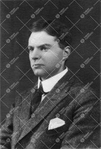 Eino Sakari Kaila (v:een 1906 Johansson). Filosofian professori  21.5.1921 - 22.7.1930.