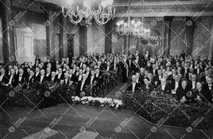 Yliopiston toiminnan alkamisen 25-vuotisjuhla Vanhassa  Akatemiatalossa 12. toukokuuta 1947.