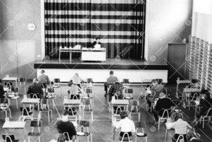 Ylioppilaskirjoitukset Turun normaalilyseossa vuonna 1965.
