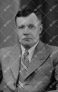 Toivo Ilmari Lehtikunnas. Fil.kand., Turun Yliopiston  taloudenhoitaja 1.9.1934 - 25.6.1940.