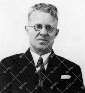 (A)leksanteri Hinkkanen. Psykologian assistentti sl. 1939 - sl.  1944, myöh. kouluneuvos. Kuva vuod