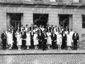 Åbo Akademin promootio 24. syyskuuta 1927. Vihityt maisterit ja  seppeleensitojattaret/sitojat ryhm