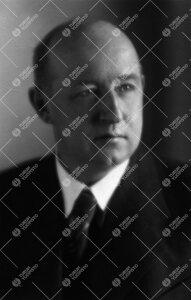 Einar Wilhelm Juva (v:een 1935 Juvelius). Kotimaisen ja yleisen  historian professori 3.1.1928 - 3.3