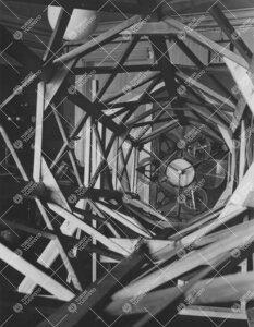 """Yrjö Väisälän """"lättypannu"""" l. monipeiliteleskoopin koemalli  vuodelta 1949."""