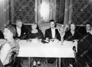 Turun Yliopiston vuosijuhla 28. helmikuuta 1958. Juhlapäivälliset  ravintola Hamburger Börsissä.