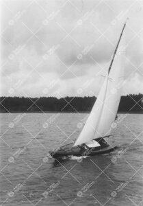 Yrjö Väisälän Hai-vene Mira kesällä 1933.