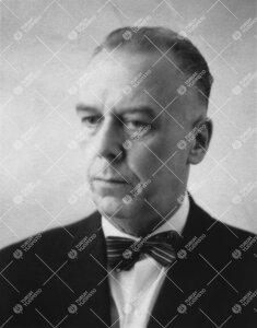 Risto Johannes Elo. Tuberkuloosiopin dosentti 31.3.1953-.