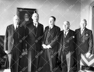 Saksan Suomen-lähettiläs, ministeri Wipert von Blücher  vierailulla yliopistossa 18.10.1937.