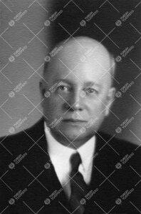 Kaarlo Johannes Valle. Eläintieteen professori (kutsuttu)  18.11.1943 - 31.8.1956.