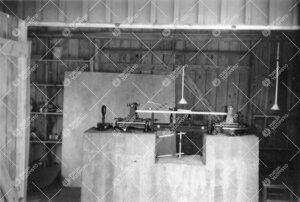 Interferenssikomparaattori Tuorlassa vuonna 1957.