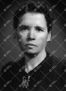 Saini Signe Laurikkala. FT, Turun Yliopiston kirjastoapulainen  1924 - 1932, alikirjastonhoitaja ja