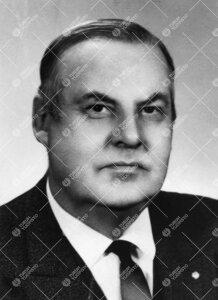 Konrad Ernst von Bagh. Hermo- ja mielitautiopin professori  30.8.1949 - 31.12.1949