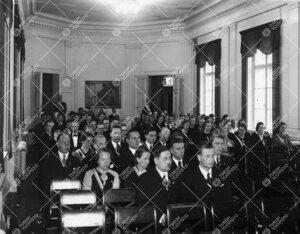 Ylioppilaskunnan vuosijuhlakokous Phoenixin juhlasalissa  9. marraskuuta 1937.