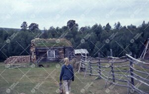 Turvekattoinen talo, haasia, Kevon Kevonsuulla heinäkuussa 1962.