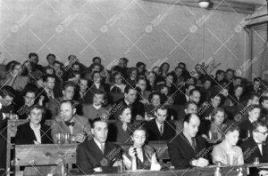 Läksiäiset Iso-Heikkilän kemian laitoksessa 13. toukokuuta 1954.