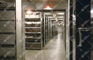 Yliopiston pääkirjaston kirjavarastoa 1950-luvun loppupuolella.