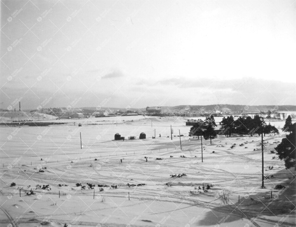 Iso-Heikkilän alue vuonna 1937. Kuvan keskellä yliopiston vanha  ja Turun Ursan tähtitorni, oikea