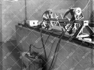 Absoluuttisen lämpötilakertoimen määritykseen käytetty laitteisto  Phoenixin kylmälaboratorios